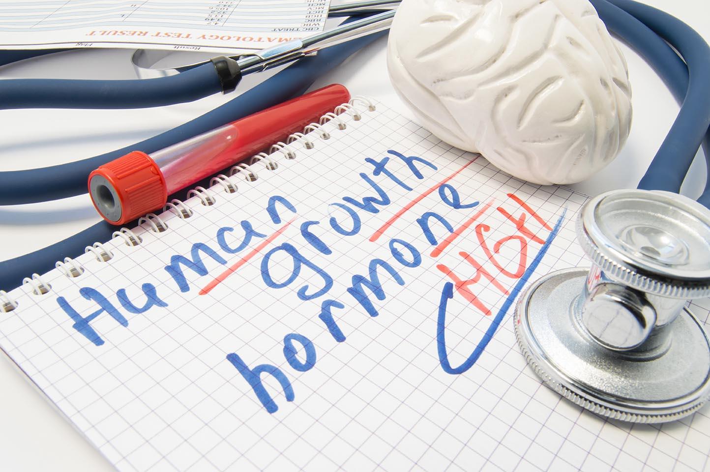Zastąpienie hormonów – dlaczego HGH jest tak popularny