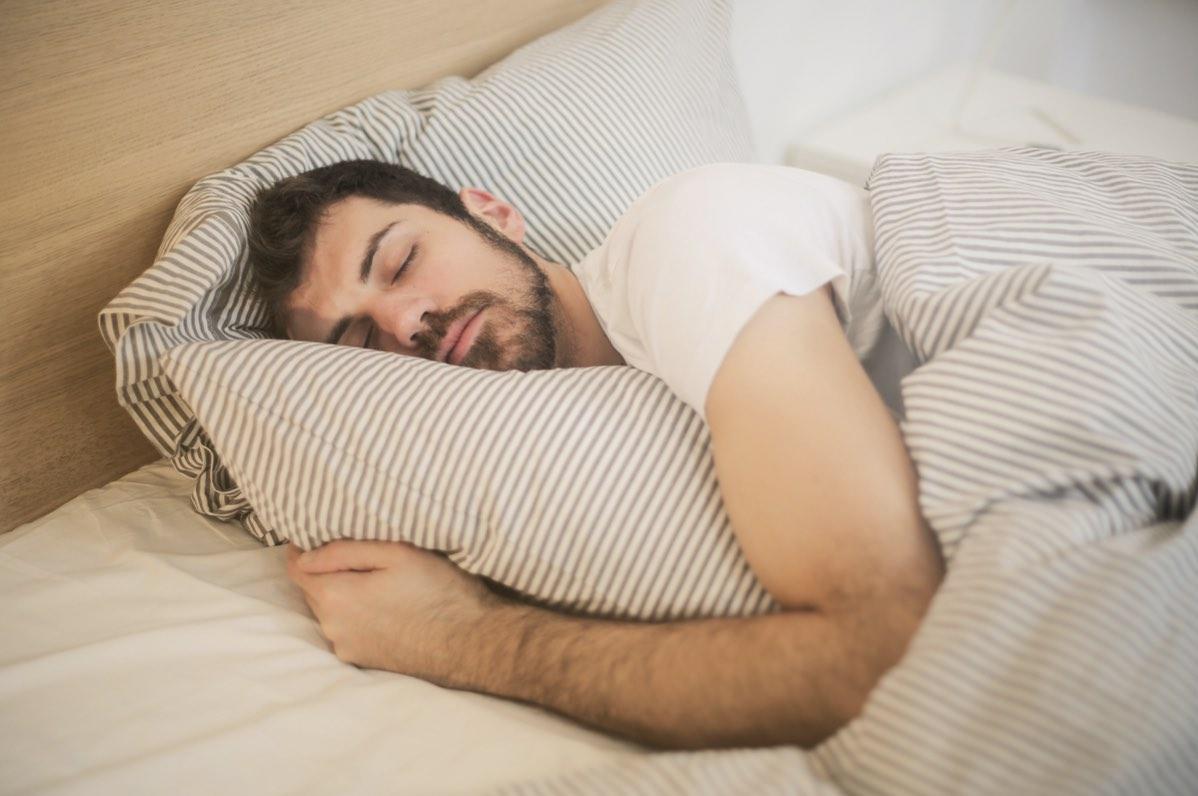 Najlepsze metody ograniczania chrapania podczas snu