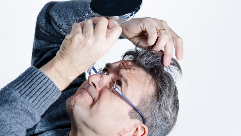 Problem siwych włosów nie musi być Twoim problemem!
